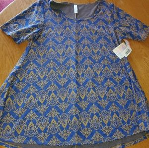 💛Brand new with tags Large Perfect T